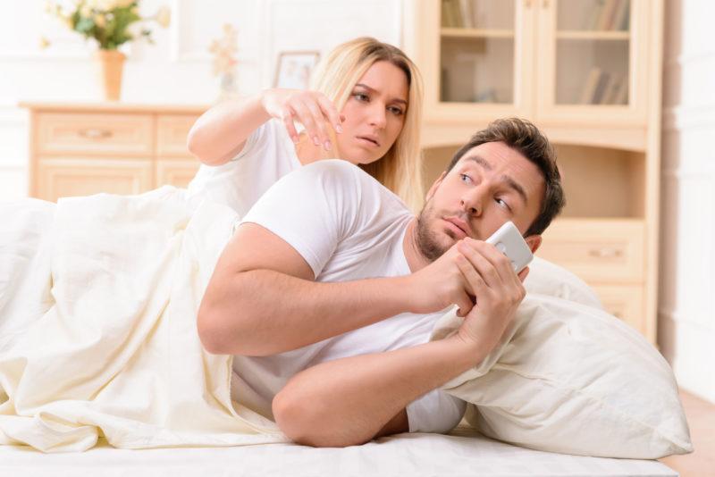 Как определить обман и измену со стороны мужа фото