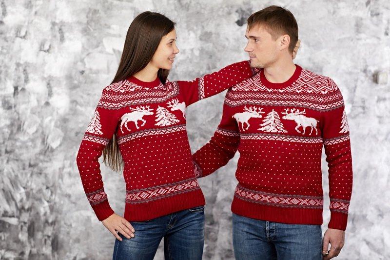 Почему шерстяной свитер колется?